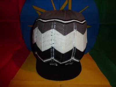 Bonnet Motif Noir Blanc Gris Taille M/L